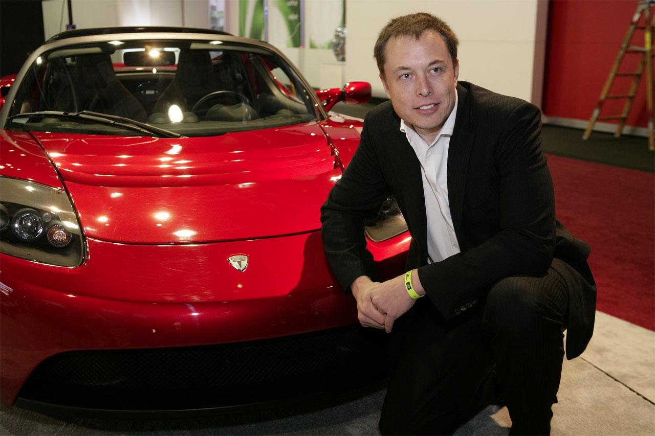 Elon-red-Roadster